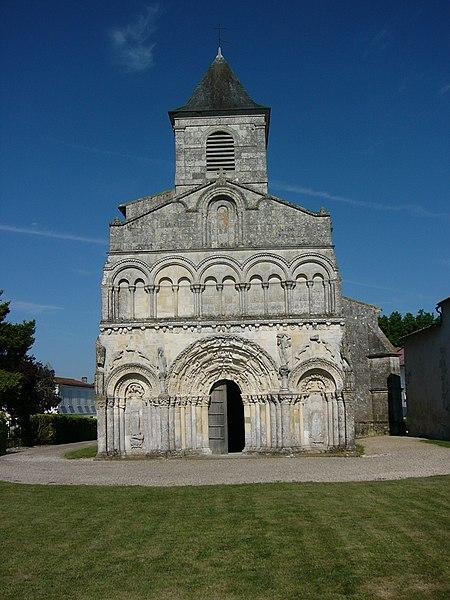 Photo du Monument Historique Eglise Saint-Martin situé à Chadenac