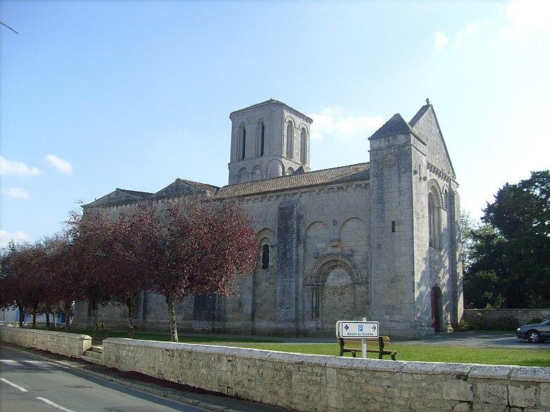 Photo du Monument Historique Eglise Saint-André situé à Champagne