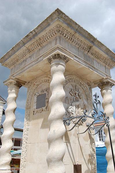 Photo du Monument Historique Fontaine situé à Le Château-d'Oléron