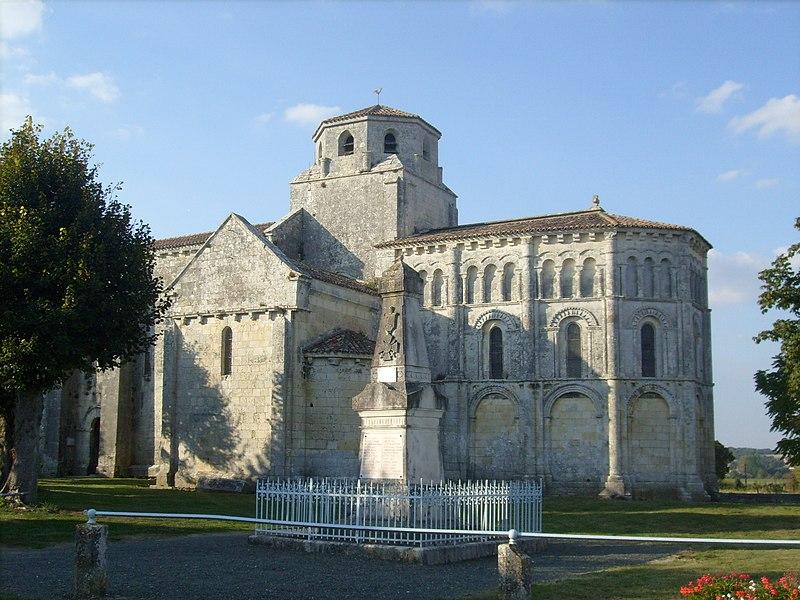 Photo du Monument Historique Eglise Saint-Vivien£ situé à Geay