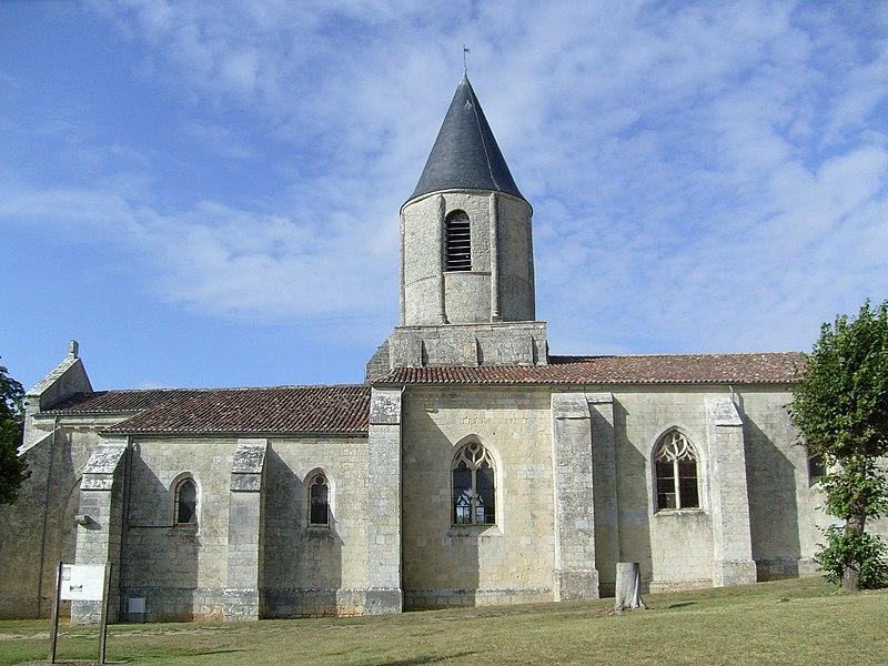 Photo du Monument Historique Eglise Saint-Symphorien situé à Gripperie-Saint-Symphorien (La)