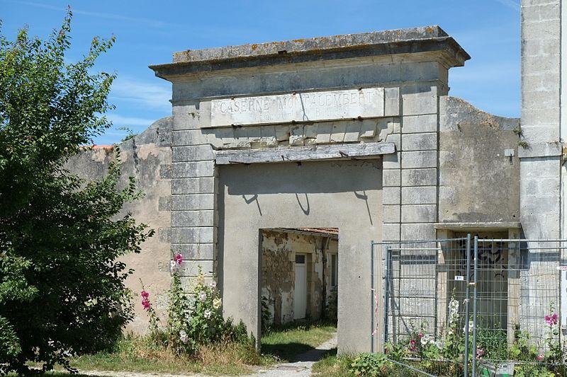 Photo du Monument Historique Caserne Montalembert situé à Ile-d'Aix