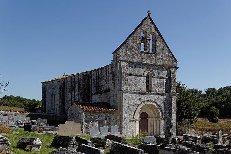 Photo du Monument Historique Eglise Saint-Pierre situé à Juicq
