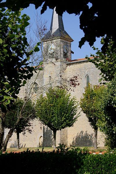 Photo du Monument Historique Eglise Saint-Pierre situé à Landes