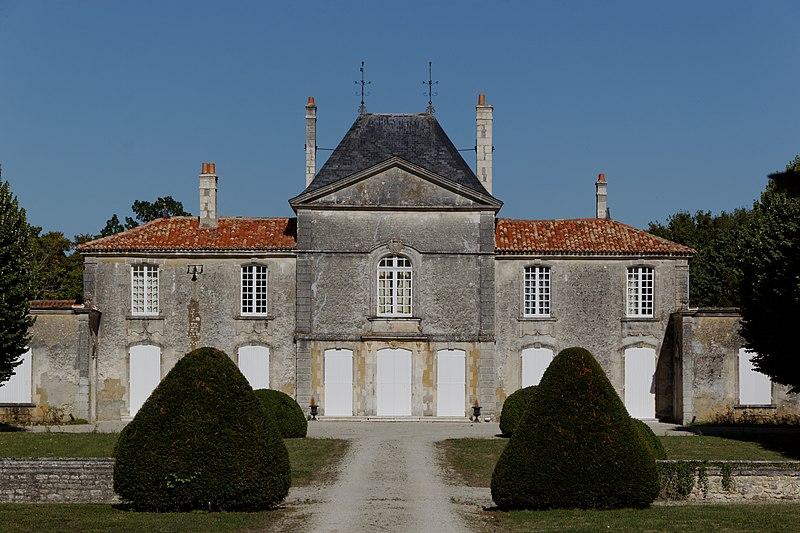 Photo du Monument Historique Château de Beaufief situé à Mazeray