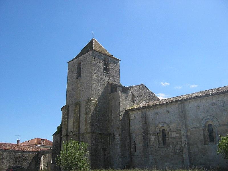 Photo du Monument Historique Eglise Saint-Nazaire situé à Migron