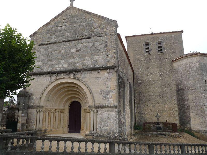 Photo du Monument Historique Eglise Saint-Vincent situé à Montguyon
