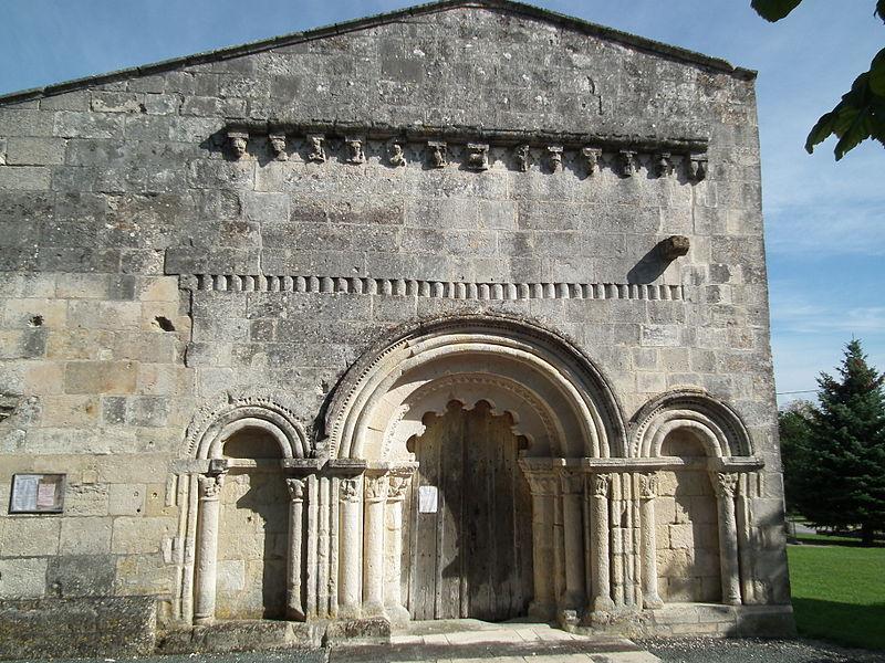 Photo du Monument Historique Eglise Saint-Pierre situé à Neuillac