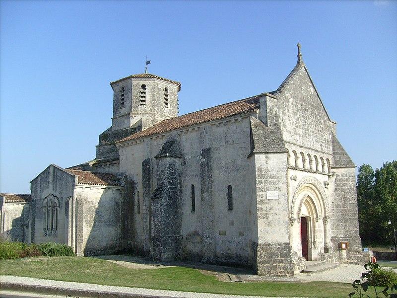 Photo du Monument Historique Eglise Saint-Martin situé à Nieul-lès-Saintes