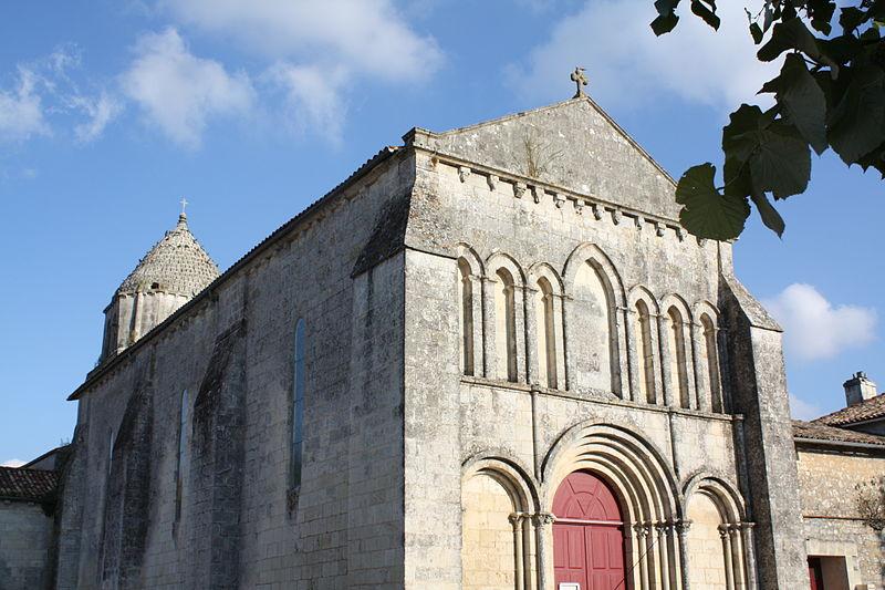 Photo du Monument Historique Eglise Saint-Séverin situé à Nieul-le-Virouil