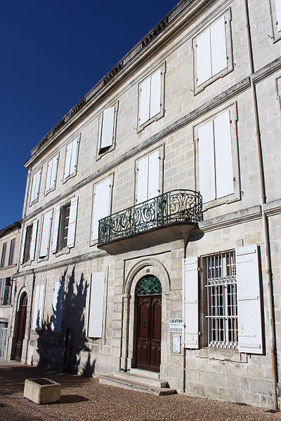 Photo du Monument Historique Hôtel Kervilio-Broussard situé à Pons
