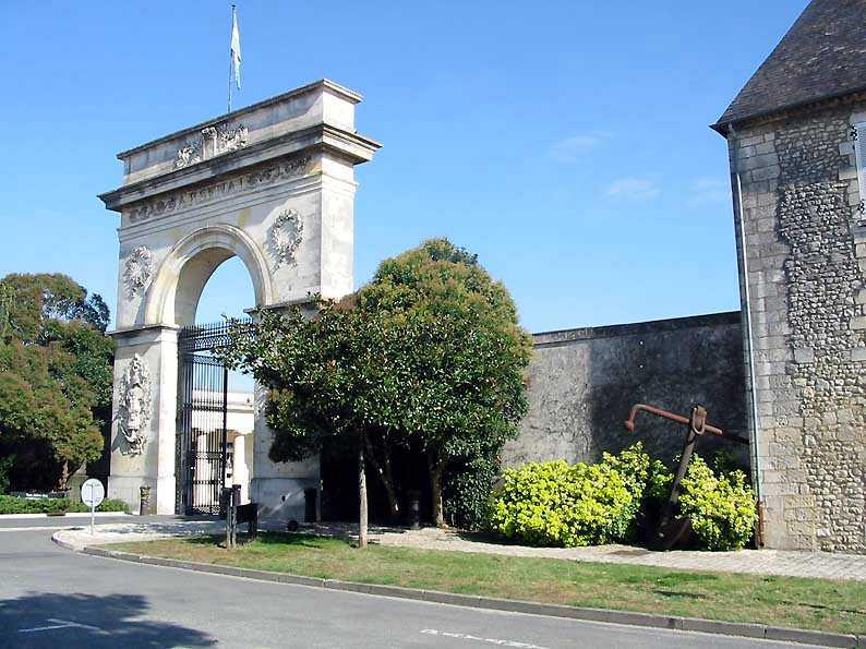 Photo du Monument Historique Arsenal situé à Rochefort