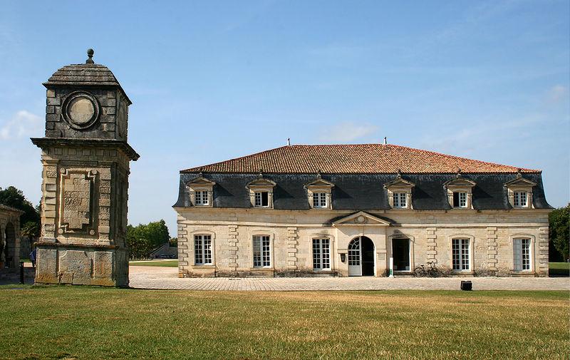 Photo du Monument Historique Corderie de l'Arsenal situé à Rochefort