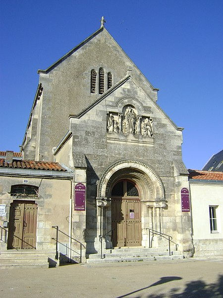 Photo du Monument Historique Bâtiment dit Les Dames Blanches situé à Rochelle (La)