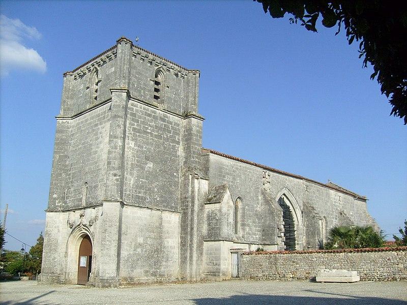 Photo du Monument Historique Eglise Saint-Pierre situé à Romegoux