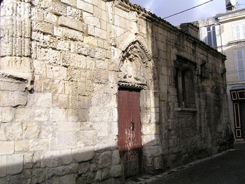 Photo du Monument Historique Ancien hôtel de l'Echevinage situé à Saint-Jean-d'Angély