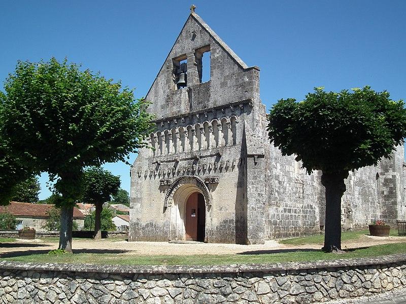 Photo du Monument Historique Eglise Saint-Quentin situé à Saint-Quantin-de-Rançanne