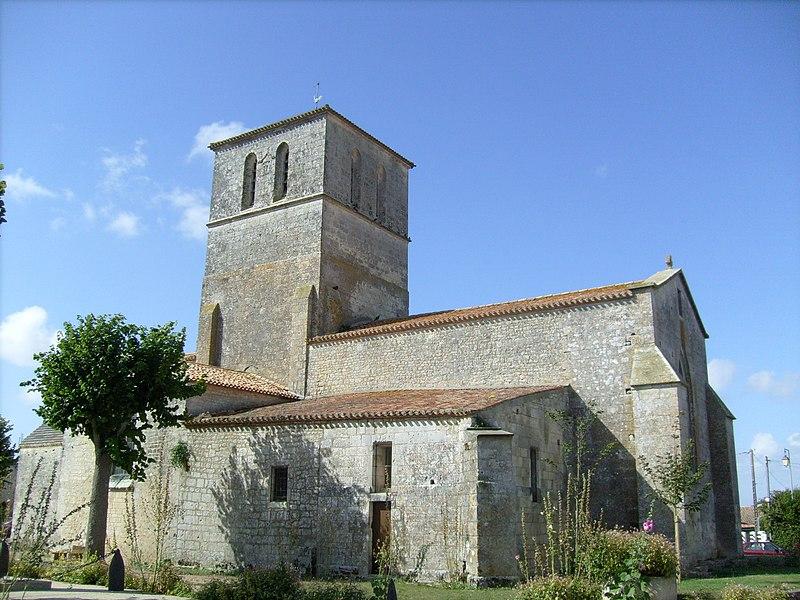 Photo du Monument Historique Eglise Saint-Saturnin situé à Saint-Sornin