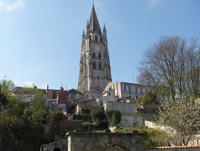 Photo du Monument Historique Eglise Saint-Eutrope situé à Saintes