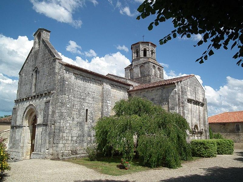 Photo du Monument Historique Eglise Saint-Pierre-ès-Liens situé à Thaims