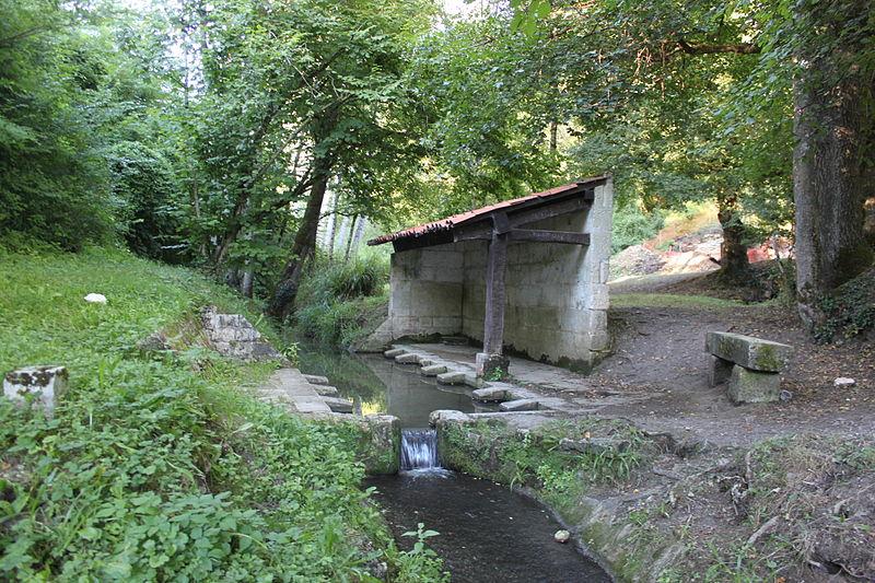 Photo du Monument Historique Aqueduc gallo-romain de Saintes situé à Saintes; Douhet (Le); Fontcouverte; Vénérand