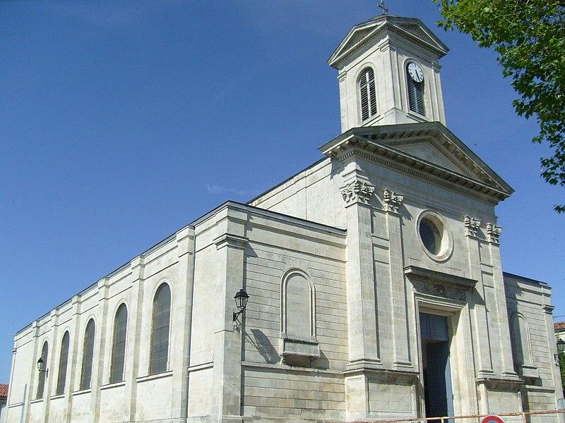Photo du Monument Historique Eglise Saint-Vivien situé à Saintes