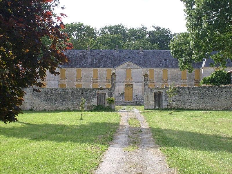 Photo du Monument Historique Domaine de la Rigaudière situé à Médis