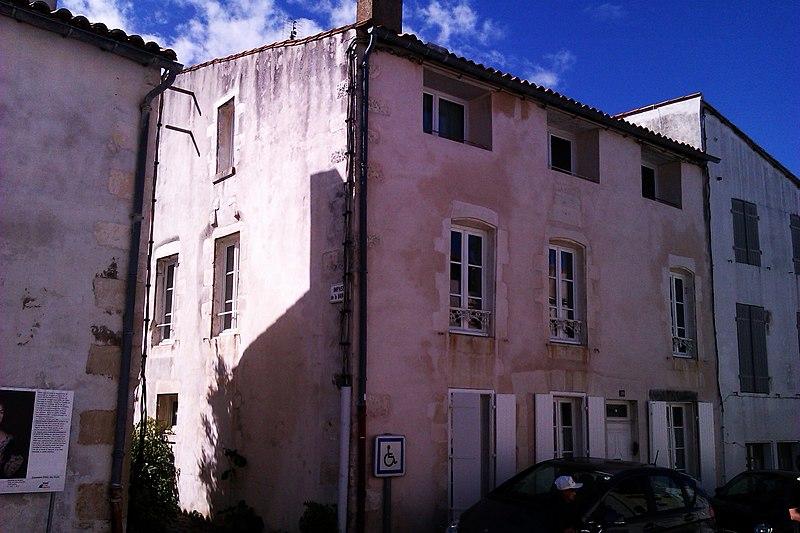 Photo du Monument Historique Logis de la Baronnie situé à Saint-Martin-de-Ré