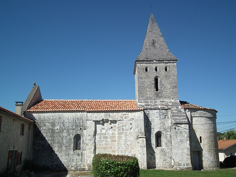 Photo du Monument Historique Eglise Saint-Pierre d'Antignac situé à Saint-Georges-Antignac