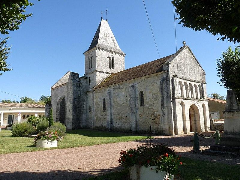 Photo du Monument Historique Eglise Saint-Hilaire situé à Saint-Hilaire-du-Bois