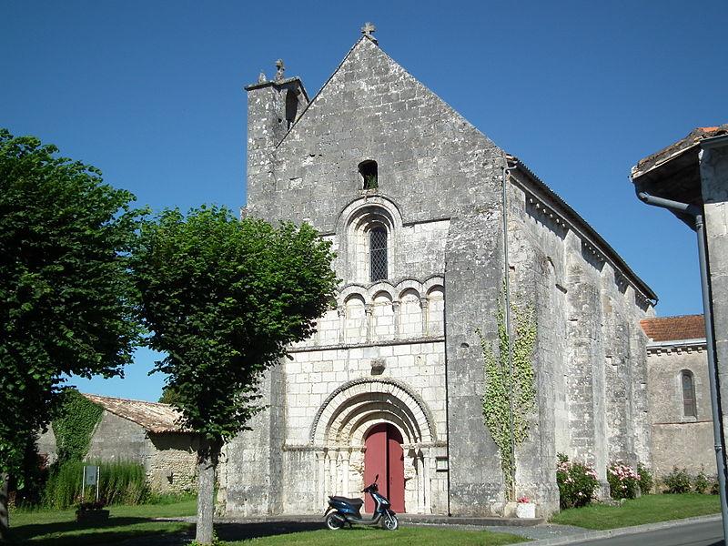 Photo du Monument Historique Eglise Saint-Simon situé à Saint-Simon-de-Bordes