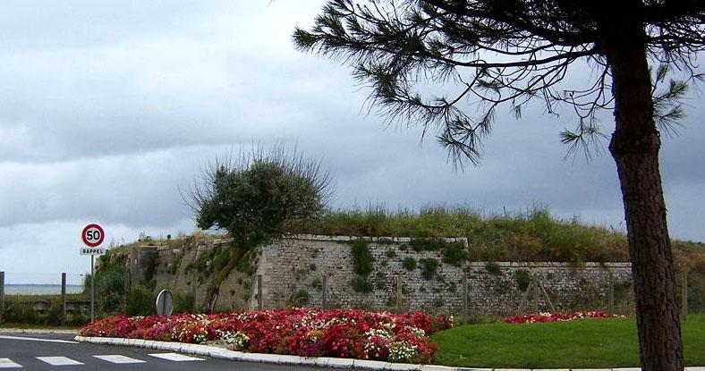 Photo du Monument Historique Redoute dite Fort de l'Aiguille situé à Fouras