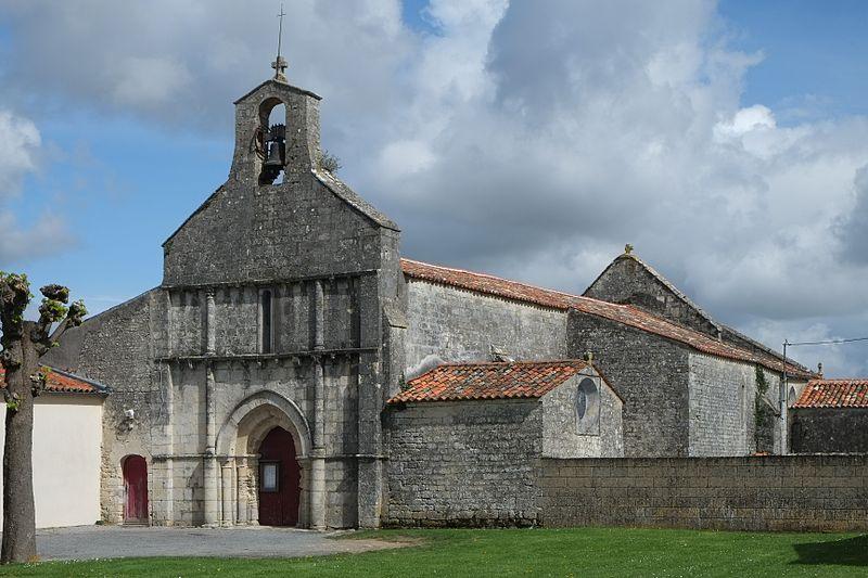Photo du Monument Historique Eglise Saint-Laurent situé à Forges