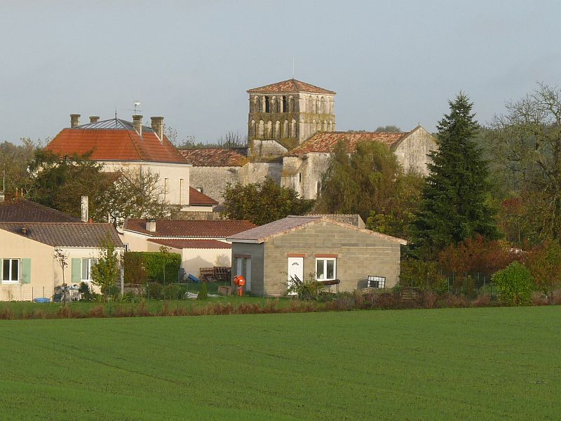 Photo du Monument Historique Eglise Saint-Martial situé à Saint-Martial-de-Mirambeau