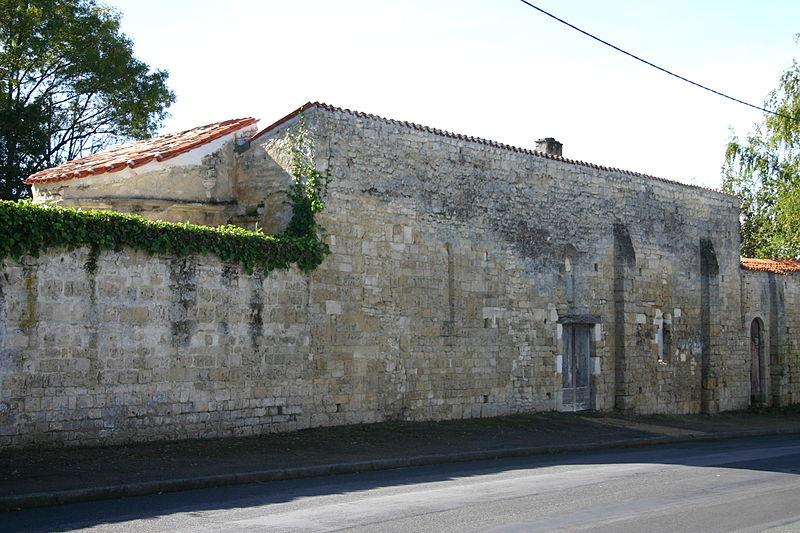 Photo du Monument Historique Aumônerie Saint-Gilles ou chapelle des Minimes situé à Surgères