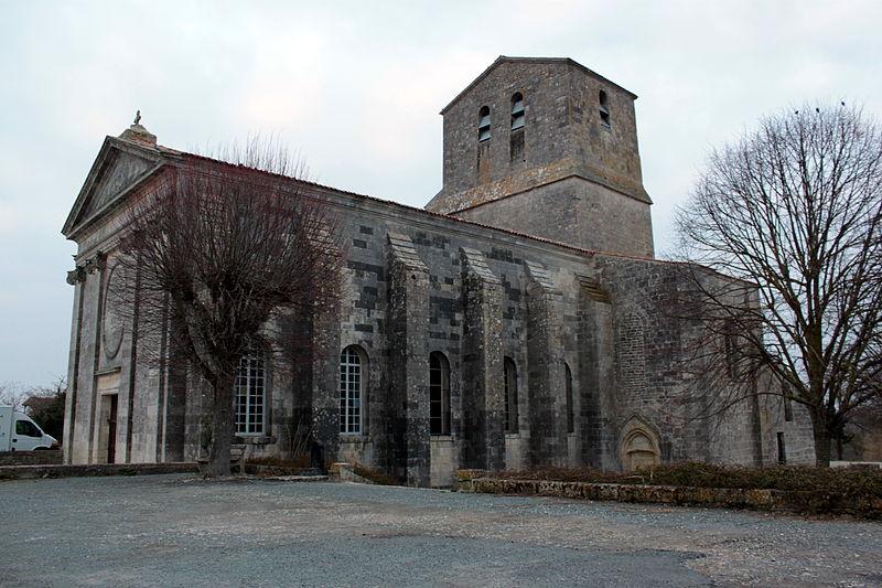 Photo du Monument Historique Eglise Saint-Pierre situé à Soubise