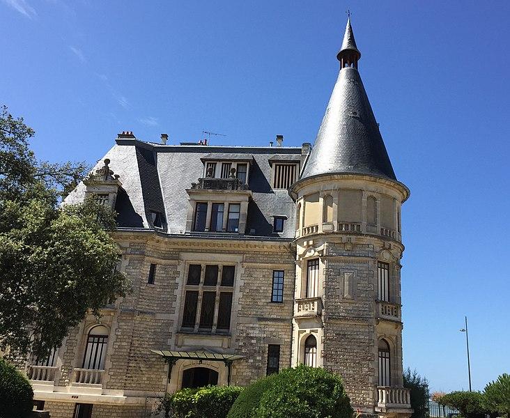 Photo du Monument Historique Villa Aigue Marine situé à Royan