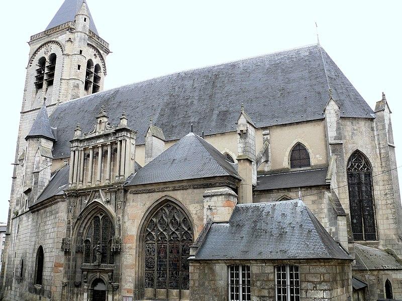 Photo du Monument Historique Eglise Notre-Dame situé à Bourges