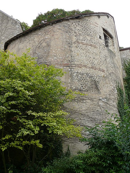 Photo du Monument Historique Ancien rempart gallo-romain situé à Bourges