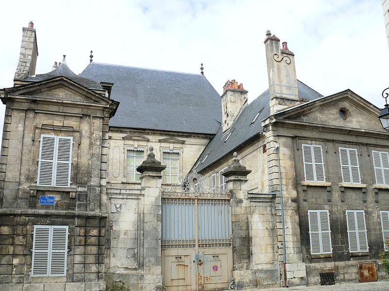 Photo du Monument Historique Hôtel du Bureau des Finances, ou hôtel des Méloizes situé à Bourges