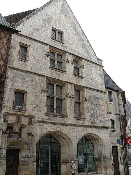 Photo du Monument Historique Maison dite de Pelvoysin situé à Bourges