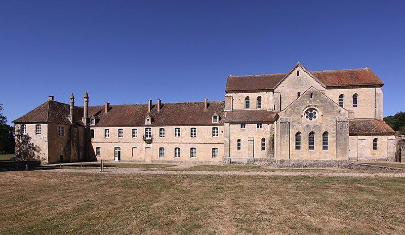 Photo du Monument Historique Ancienne abbaye de Noirlac situé à Bruère-Allichamps