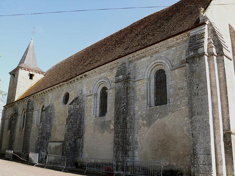 Photo du Monument Historique Ancienne abbaye Saint-Pierre, actuellement Centre Hospitalier spécialisé situé à Chezal-Benoît