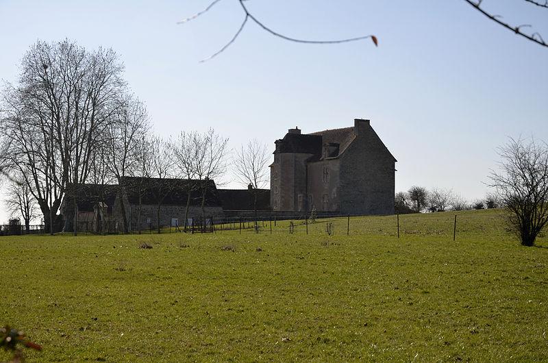 Photo du Monument Historique Château de la Salle situé à Colombiers