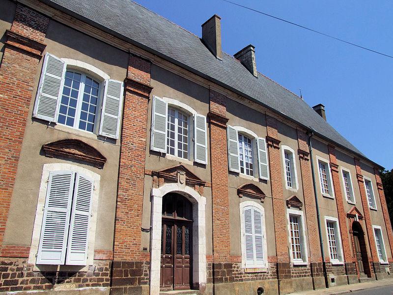 Photo du Monument Historique Maison dite de Sully situé à Henrichemont