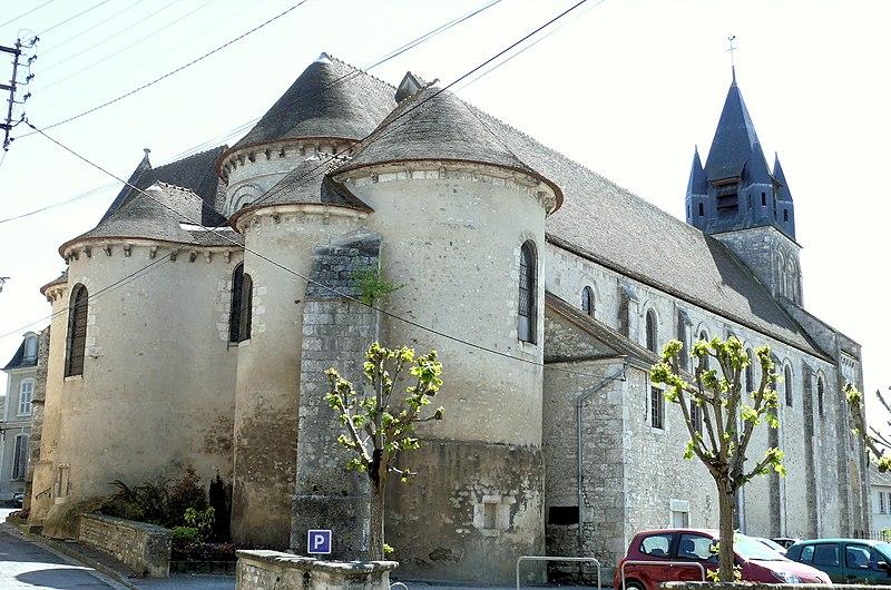 Photo du Monument Historique Eglise collégiale Notre-Dame situé à Mehun-sur-Yèvre