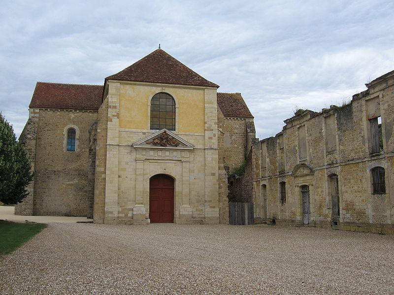 Photo du Monument Historique Abbaye Notre-Dame de Fontmorigny situé à Menetou-Couture