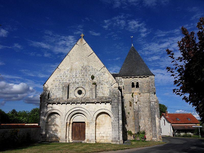 Photo du Monument Historique Eglise Saint-Martin situé à Montlouis