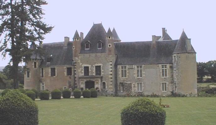 Photo du Monument Historique Château de Boucard situé à Noyer (Le)