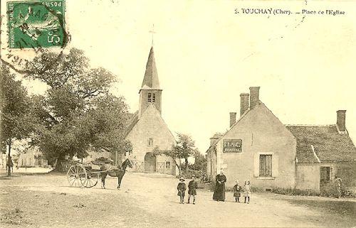 Photo du Monument Historique Eglise Saint-Martin situé à Touchay